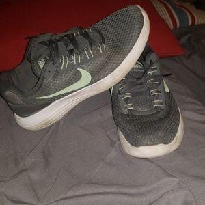 Size 10 Women's Nike Shoes